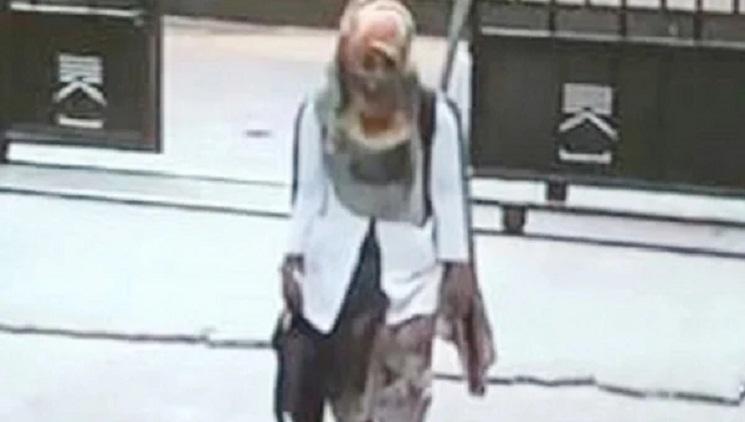 রাজধানীতে চুরির ঘটনায় অ্যাপ্রোন পরা নারীকে খুঁজছে পুলিশ